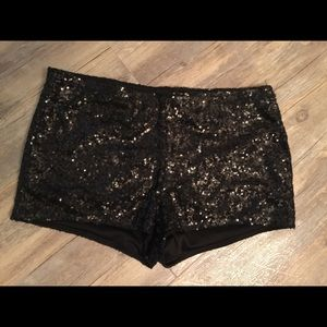 Material Girl Sequined Shorts sz XL